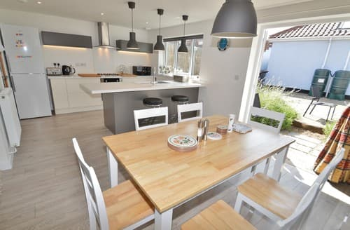 Last Minute Cottages - Captivating Holt House S128286