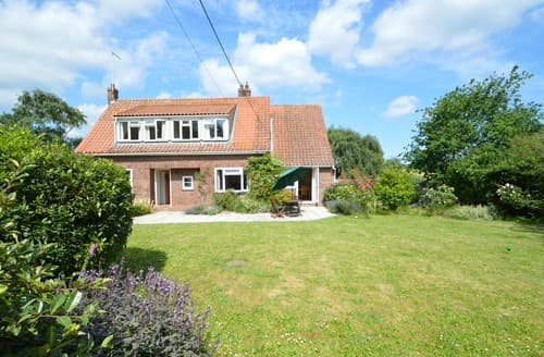 Last Minute Cottages - Attractive Wiveton House S128328