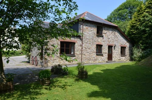 Last Minute Cottages - Inviting St. Austell Barn S128340