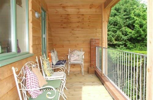 Last Minute Cottages - Excellent Binham Apartment S128341