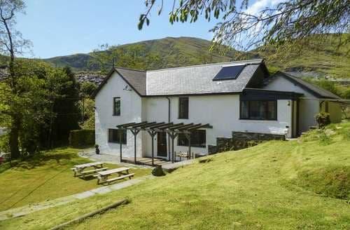 Last Minute Cottages - Stiniog Lodge