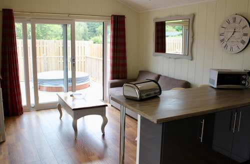 Last Minute Cottages - Delightful Woodhall Spa Cottage S128455