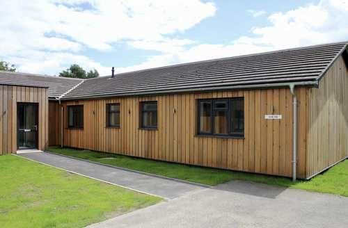 Last Minute Cottages - Quaint Woodhall Spa Cottage S128482