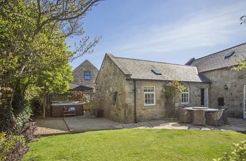 Last Minute Cottages - Charming Seahouses Cottage S128540
