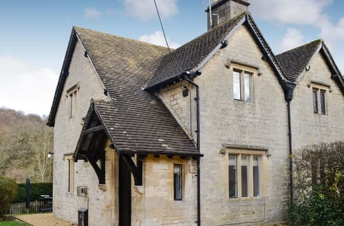 Big Cottages - Adorable Cranham Cottage S128552