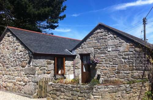 Last Minute Cottages - Nampara Barn