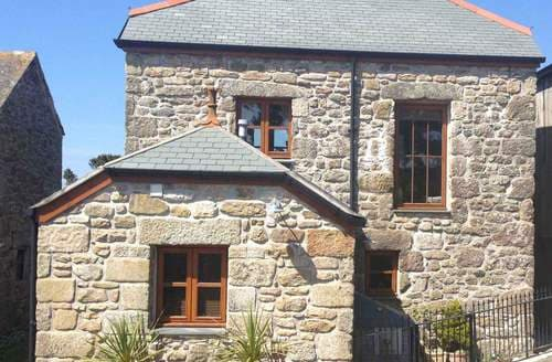 Last Minute Cottages - Bosorne Hayloft