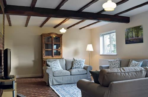 Big Cottages - Inviting Haddiscoe Cottage S128612