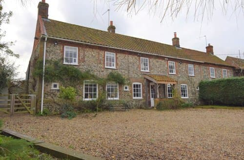 Last Minute Cottages - Quaint King's Lynn Cottage S128633