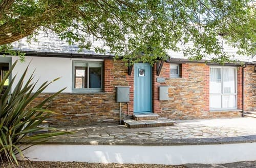 Last Minute Cottages - Attractive Stratton Lodge S128793