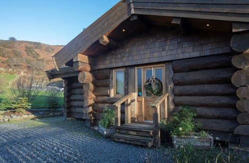 Big Cottages - Charming Ulverston Log Cabin S128849