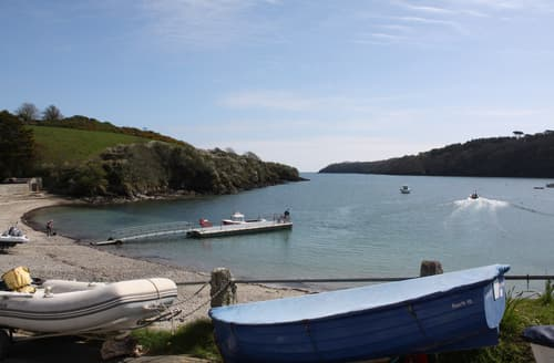 Last Minute Cottages - 4 Coastguard Cottage