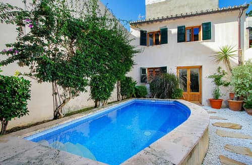 Last Minute Cottages - Villa Tanit