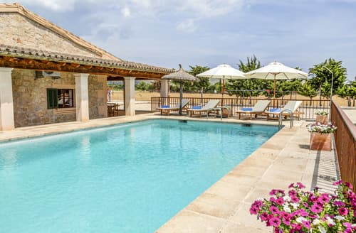 Last Minute Cottages - Villa Danielita