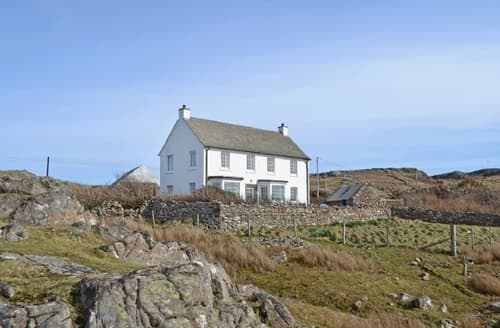 Last Minute Cottages - Cosy Lochinver Cottage S37448