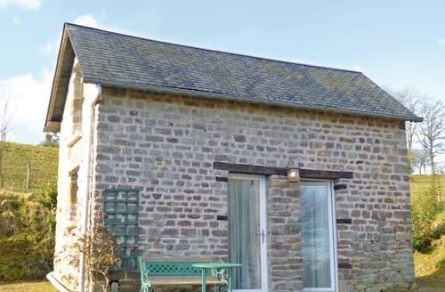Last Minute Cottages - Splendid Vassy Cottage S118524