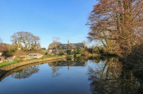 Last Minute Cottages - Lower Calbourne Mill