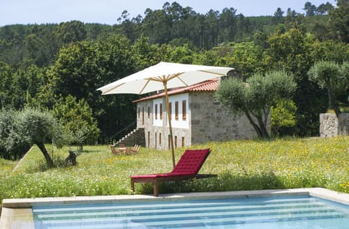 Last Minute Cottages - Villa Enia
