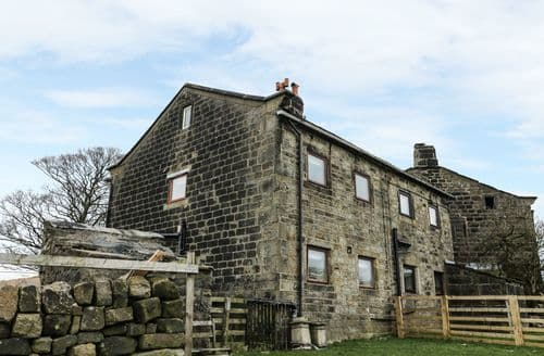 Last Minute Cottages - Stunning Hebden Bridge Cottage S129179
