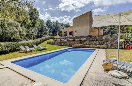 Last Minute Cottages - Villa Clavel