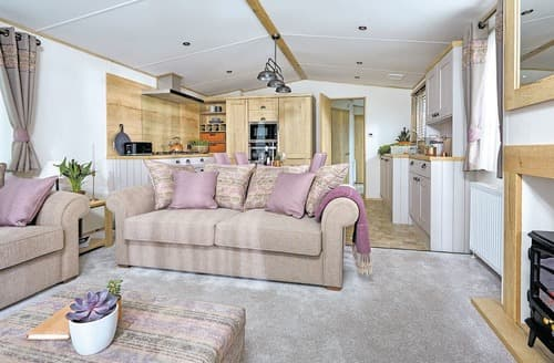 Last Minute Cottages - Luxury Garstang Lodge S129303