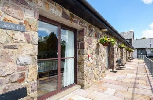 Last Minute Cottages - No 1: Anglesey