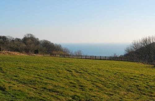 Last Minute Cottages - 4* And 4* Gold Rated Cottage, 2 Bedroom Up To 4 People