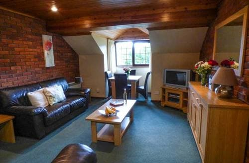 Last Minute Cottages - No 17: Crows Nest 1