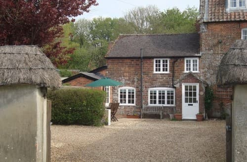 Last Minute Cottages - Enford House Cottage S130260