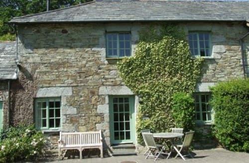 Last Minute Cottages - Glynn Barton Cottages   Hayloft S130402