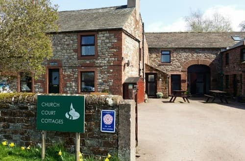 Last Minute Cottages - Herdwick Cottage ( Church Court Cottages ) S130507