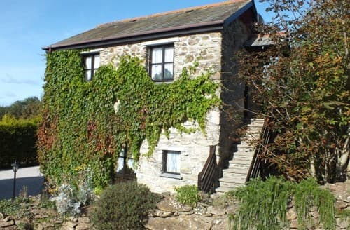 Last Minute Cottages - Hollies At Caerkief Cottages S130530