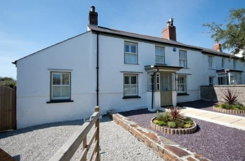 Last Minute Cottages - Laburnum Cottage S130680