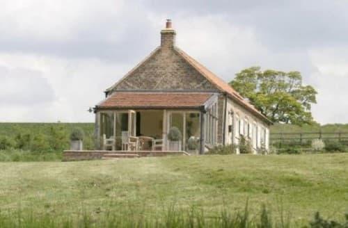 Last Minute Cottages - Little Walk Cottage
