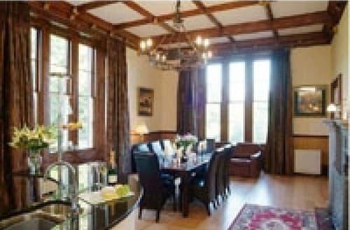 Last Minute Cottages - Manor Hall S130818