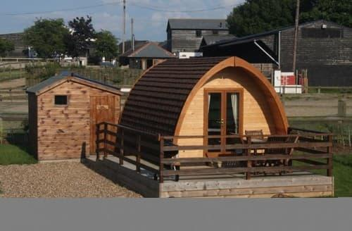 Last Minute Cottages - Megapod 1 At Lee Wick Farm Cottages & Glamping S130841