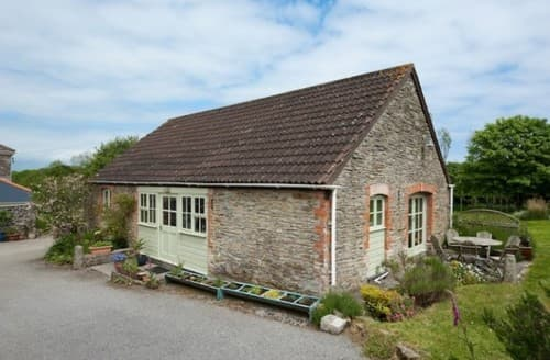Last Minute Cottages - Merrose Barn