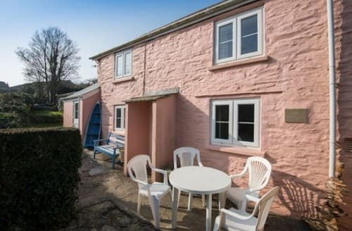 Last Minute Cottages - Pink Cottage