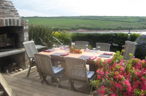 Last Minute Cottages - Riverview Holiday House