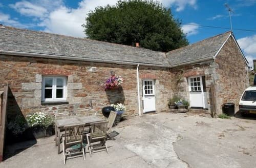 Last Minute Cottages - Sloe Cottage S131350