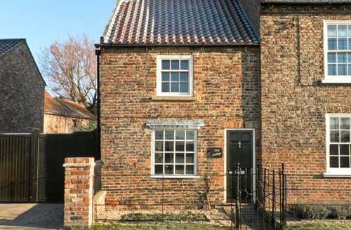 Last Minute Cottages - Ivy Cottage