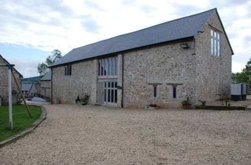 Last Minute Cottages - The Milking Parlour At Cranberries Hideaway