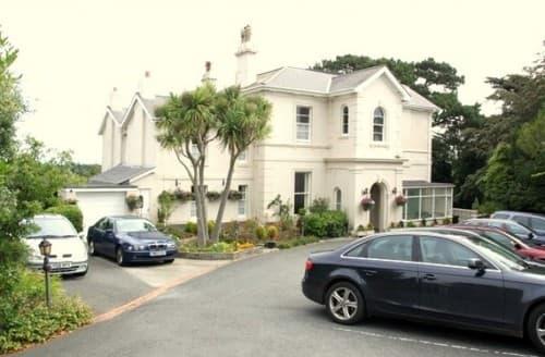 Last Minute Cottages - The Muntham Apartments - Apartment 2