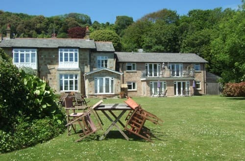 Miraculous Fishing Cottages In The Isle Of Wight To Rent Last Minute Beutiful Home Inspiration Ommitmahrainfo