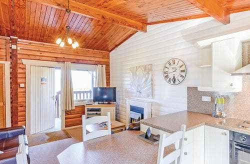 Last Minute Cottages - Wonderful Kielder Water And Forest Park Lodge S132212