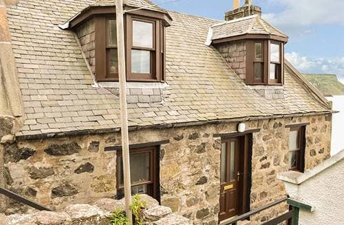 Last Minute Cottages - Attractive Gardenstown Cottage S37898