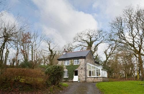 Dog Friendly Cottages - Charming Callington And The Tamar Valley Cottage S20855