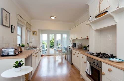 Last Minute Cottages - Tasteful Cowes Cottage S132693