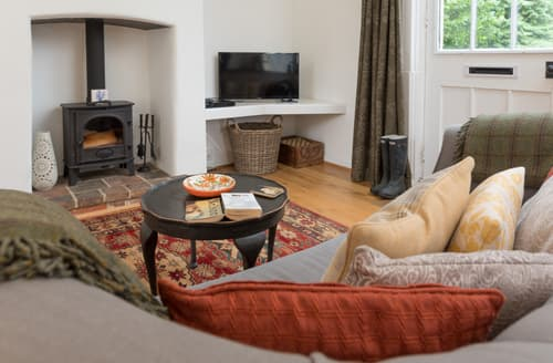 Last Minute Cottages - Charming Holkham Lodge S133309