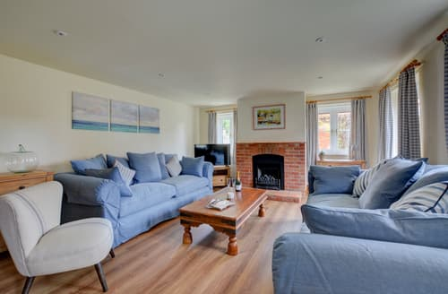 Last Minute Cottages - Splendid Docking Cottage S133310